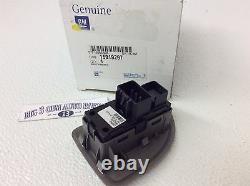 07-08 Chevrolet Silverado Rear Passenger Side Silver Plate Window Switch new OEM