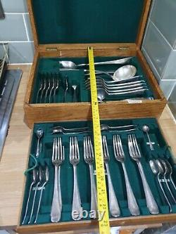 ANTIQUE 39 PIECE MAPPIN & WEBB SILVER PRINCES PLATE CANTEEN of CUTLERY