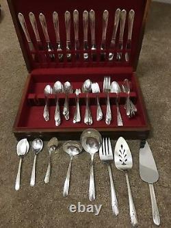 W. M Rogers Co Original Silver Plated Silverware 118 Pieces Withoriginal Box